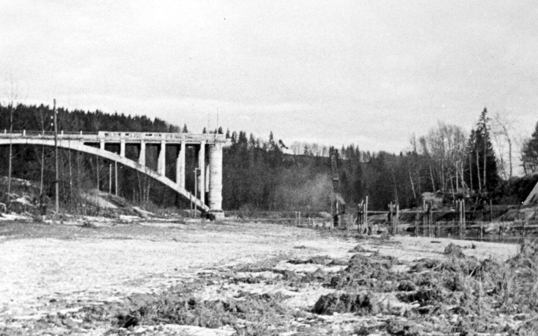 Ohne Brücke über die Isar – Provisorien und Wiederaufbau von 1945 bis 1949